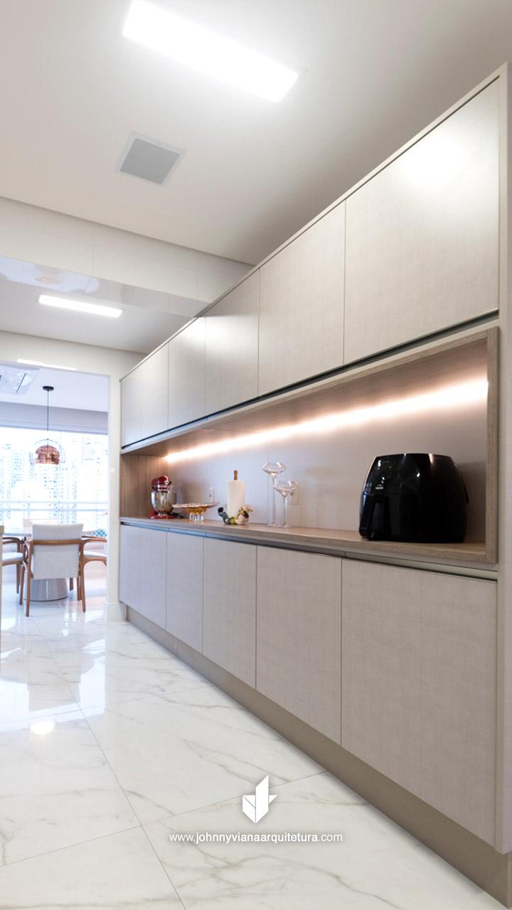 Cozinha planejada minimalista de alto padrão | Projeto Johnny Viana Arquitetura
